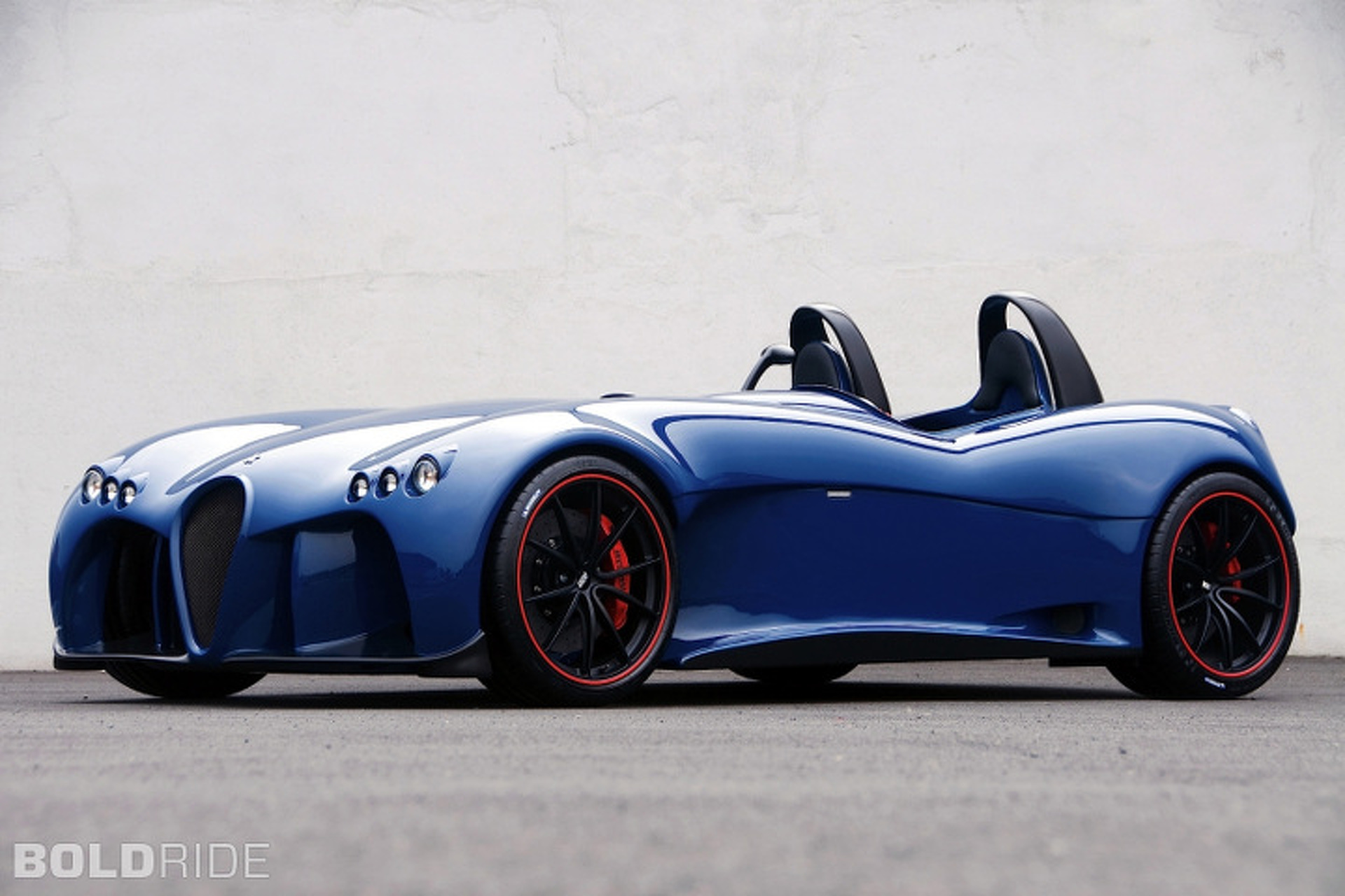 Wiesmann Spyder is Purist Performance at its Best