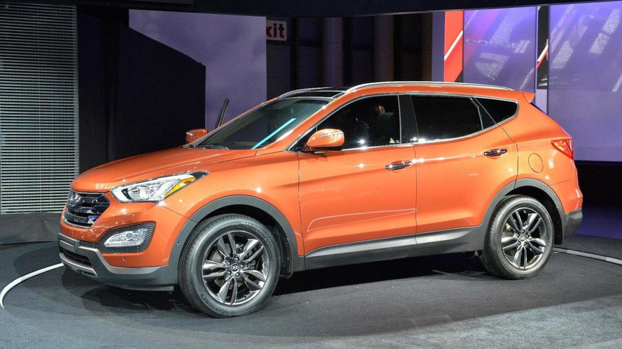 2013 Hyundai Santa Fe debuts at New York 04.04.2012