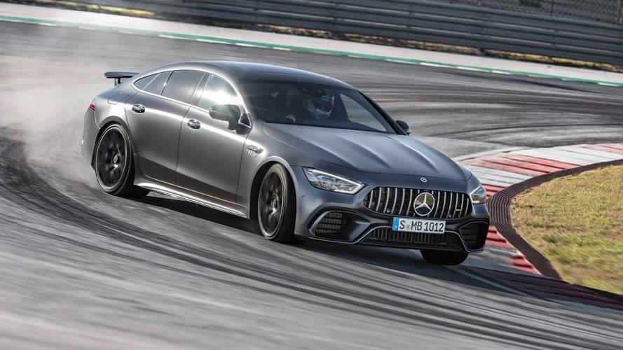 Mercedes-AMG GT Coupé - egy családi autó, ami könnyedén pályára zavarható
