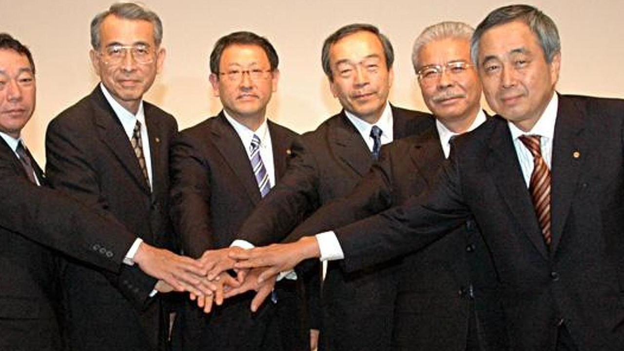 Akio Toyoda and his Board of Directors, 700, 11.05.2010