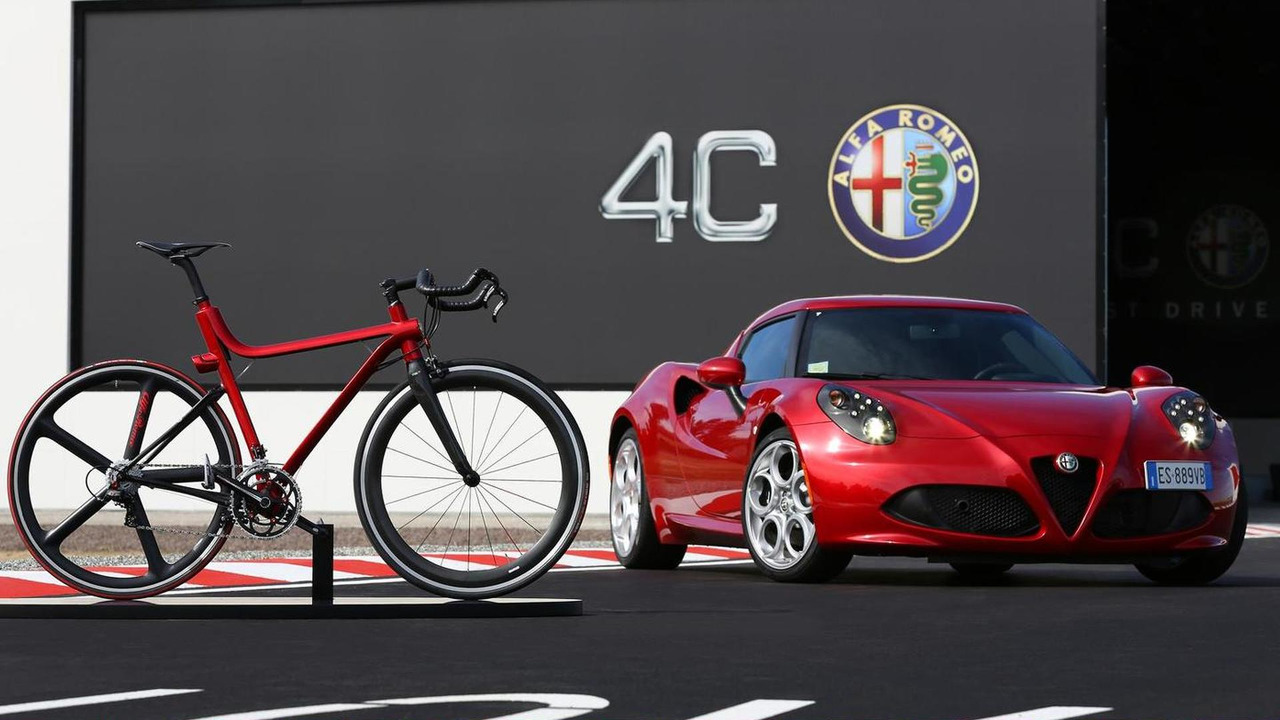 4C IFD bicycle inspired by the Alfa Romeo 4C 26.09.2013