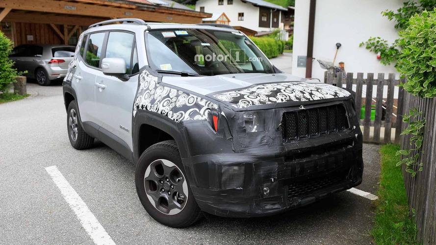 Flagra: Jeep Renegade 2019 renovado é avistado de perto