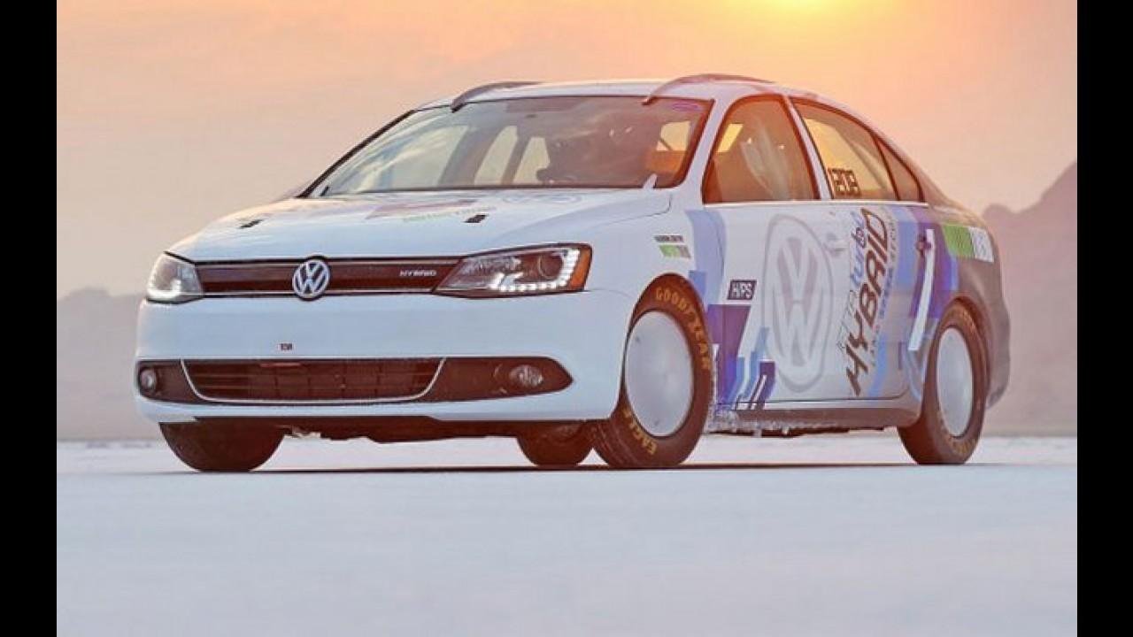 Volkswagen Jetta híbrido atinge 298 km/h em prova nos Estados Unidos