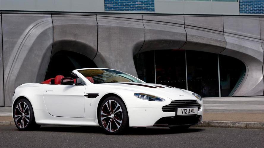 Aston Martin V12 Vantage Roadster officially revealed