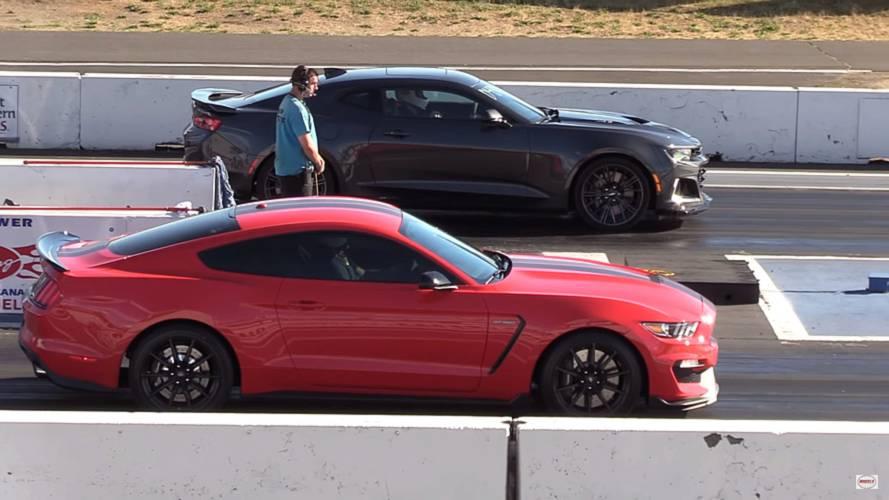 Chevrolet Camaro ZL1, Mustang Shelby GT350'ye karşı