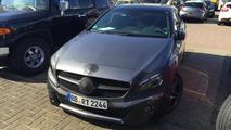 Mercedes-Benz A45 AMG facelift spy photo / autojunk.nl