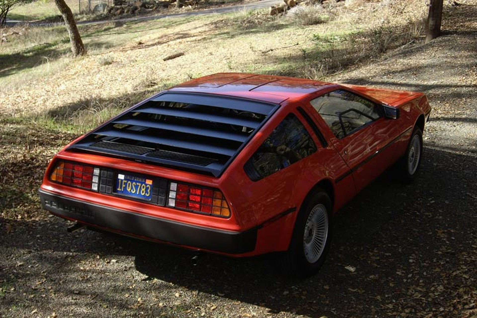 this red delorean dmc 12 is a barn find beauty. Black Bedroom Furniture Sets. Home Design Ideas