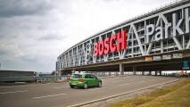 Bosch, l'auto parcheggia con una app