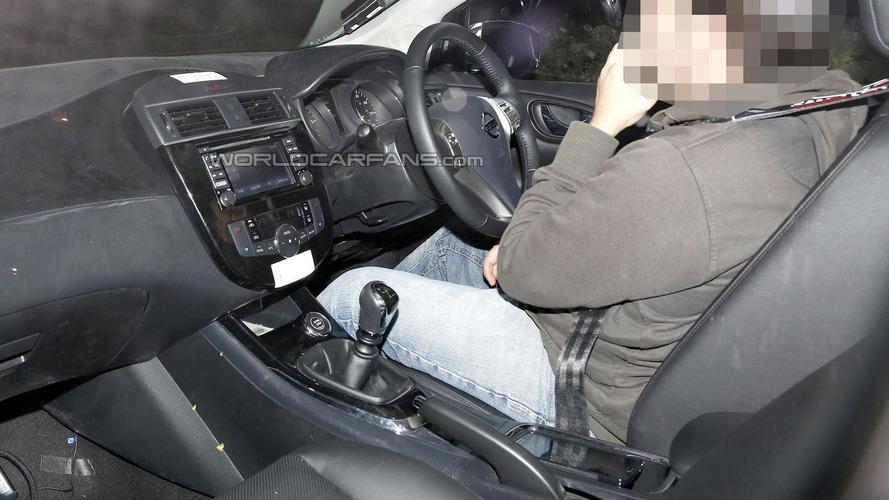 2014 Nissan Almera dashboard fully revealed via spy pic