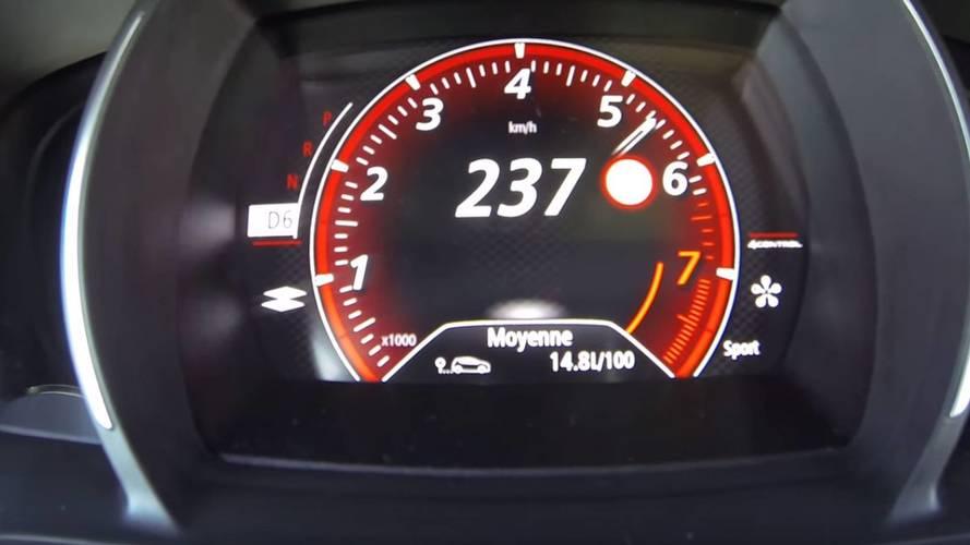 Yeni Megane RS'nin hızlanmasını izleyin