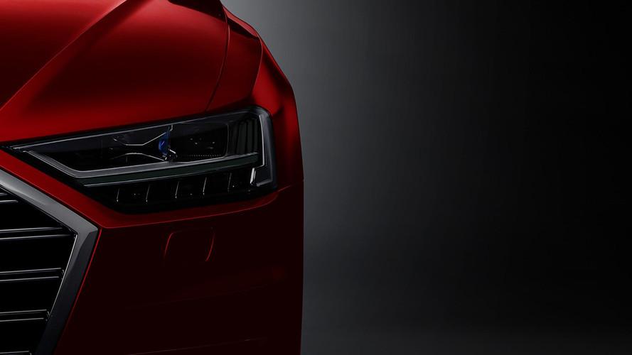 Audi A8 yoldaki bozuklukları görecek
