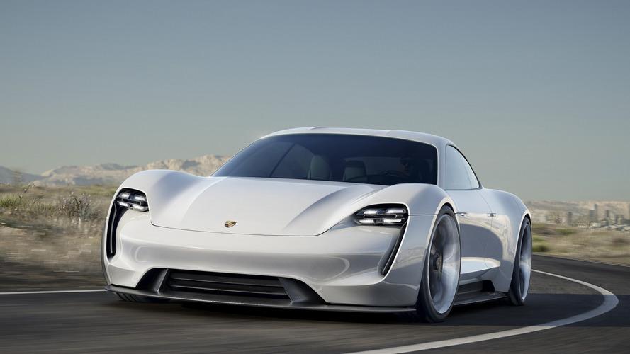 Porsche Taycan, 600 CV per la  prima elettrica