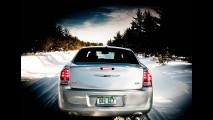 Chrysler 300 ganha edição Glacier nos EUA - Veja galeria de fotos