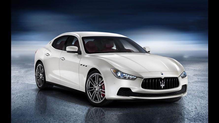 Vídeo: Maserati Ghibli é flagrado em movimento