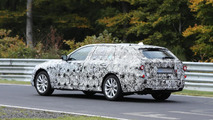 2017 BMW 5-Series Touring spy photo