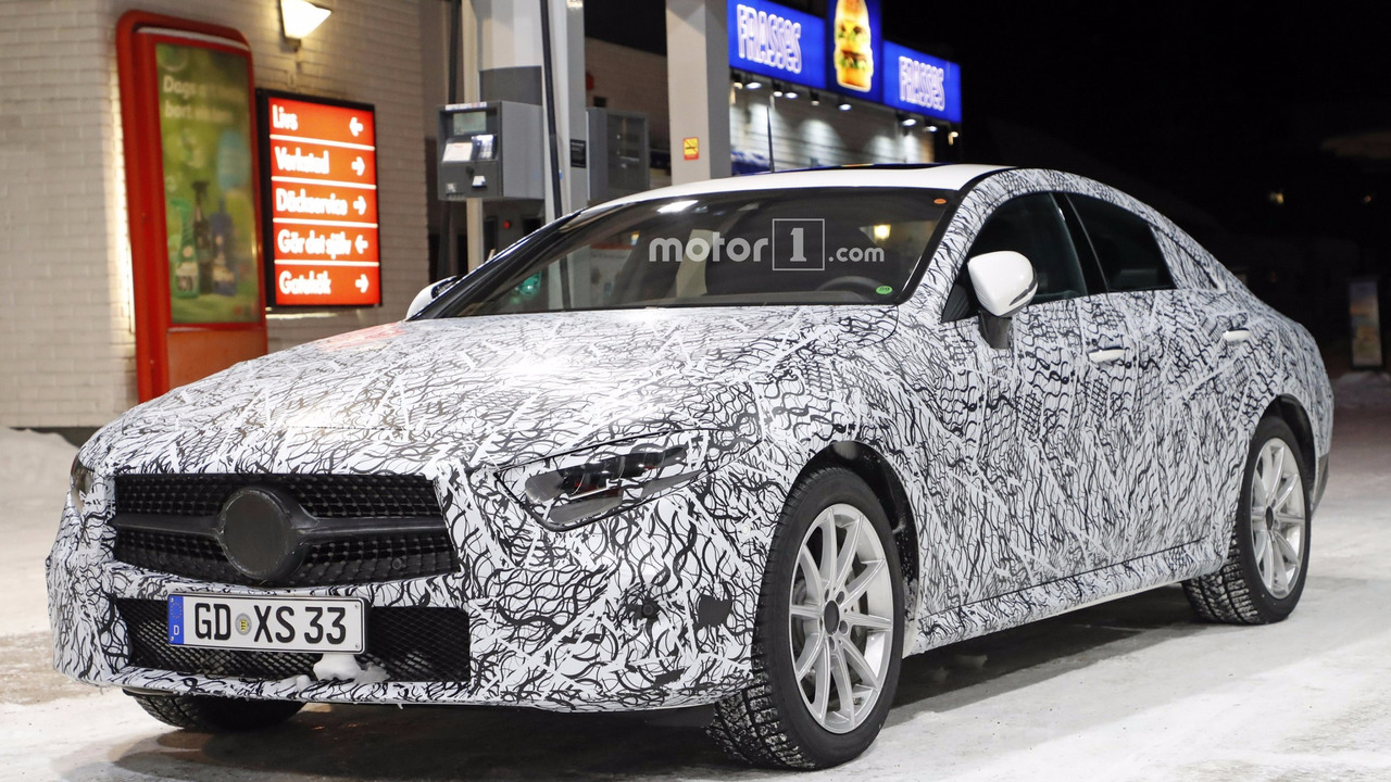 2018 mercedes cls spied inside showing its e class roots. Black Bedroom Furniture Sets. Home Design Ideas