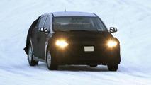 2016 Hyundai Prius competitor spy photo