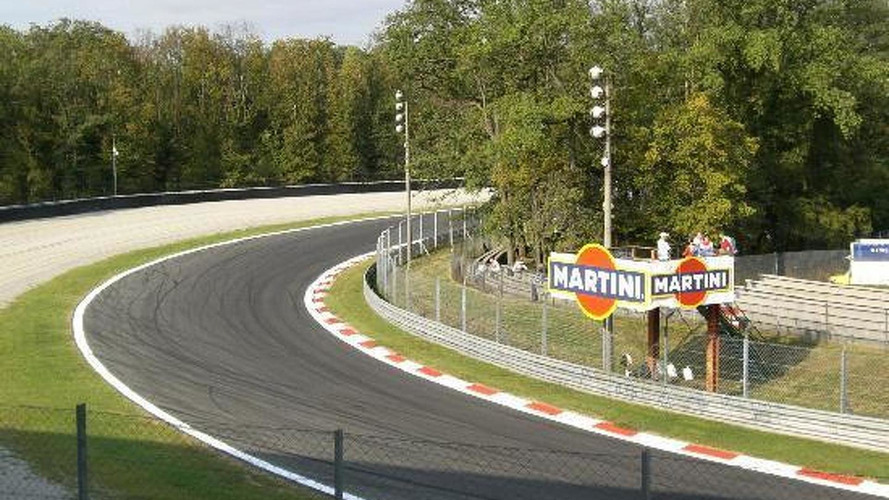 Drivers defend controversial Parabolica gravel