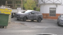 2015 Renault crossover spy photo
