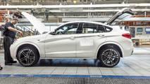 BMW X4 production milestone