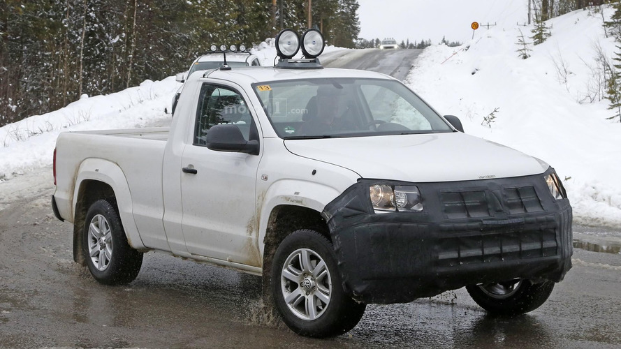 VW Amarok facelift spied in Sweden ahead mid-2016 launch