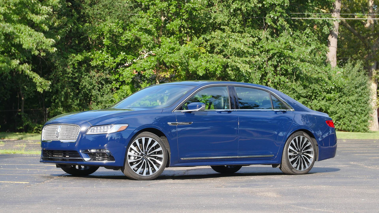 2017 Lincoln Continental: Review