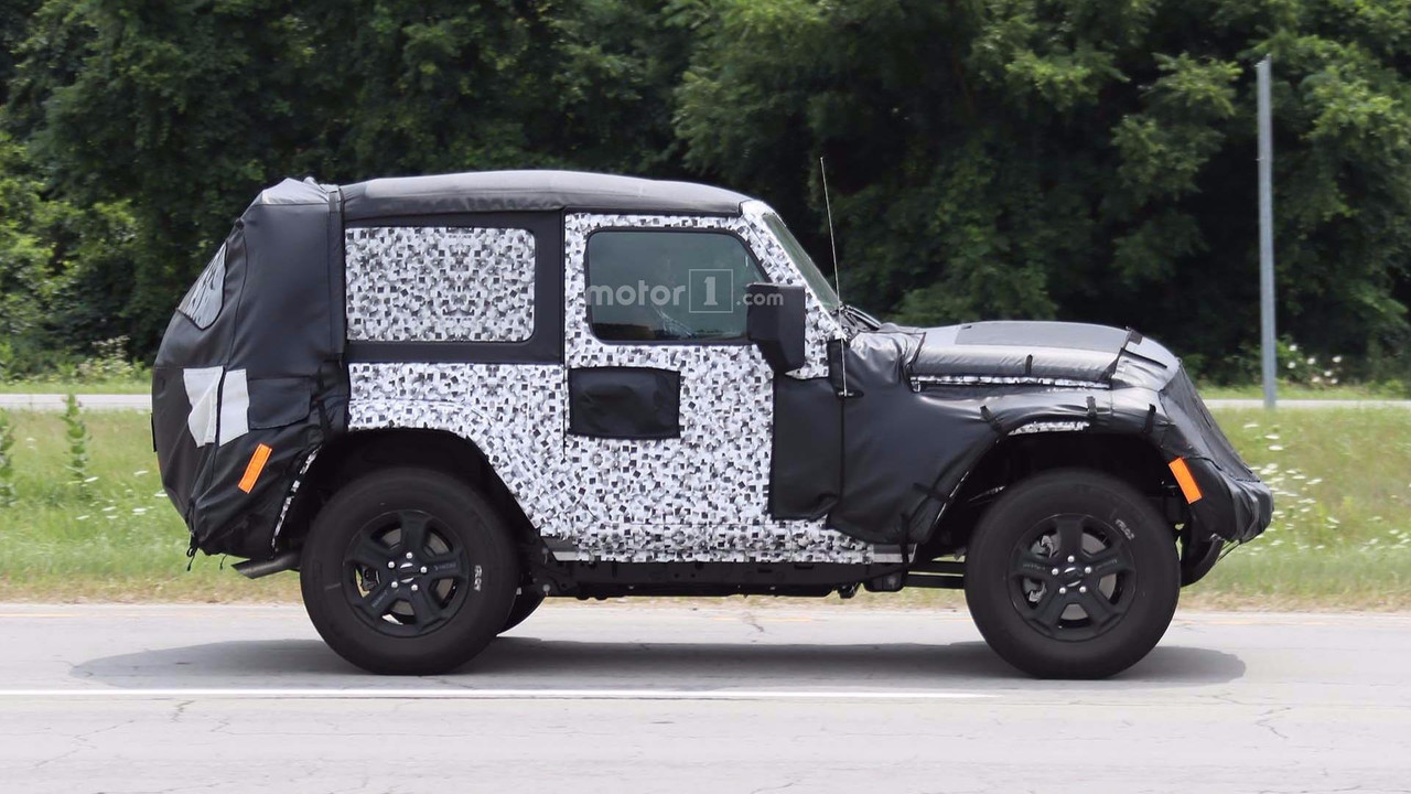 2018 jeep wrangler two door caught on road testing. Black Bedroom Furniture Sets. Home Design Ideas