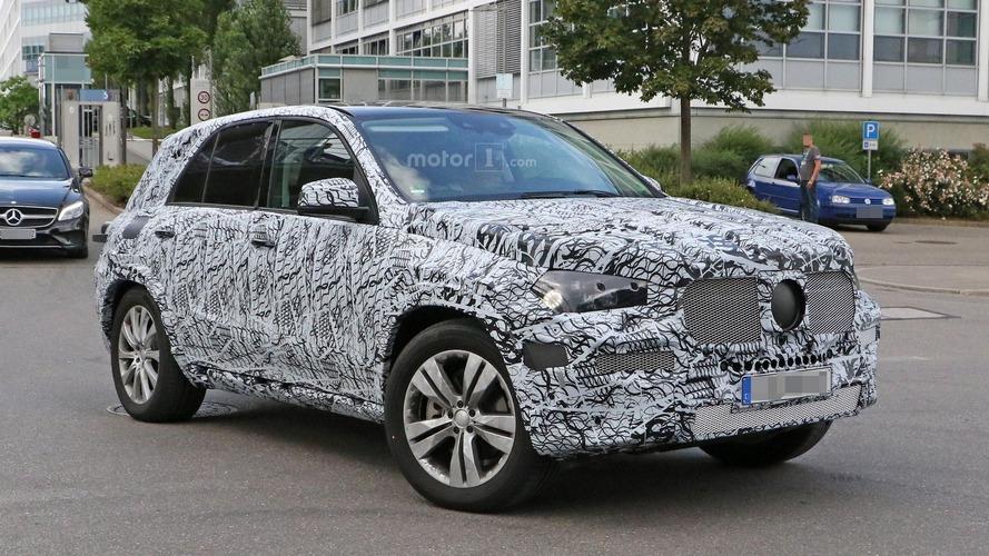 2019 Model Mercedes GLE'nin yeniden şekillendirilmiş gövdesi görüntülendi