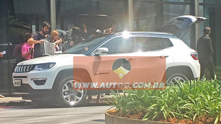 2017 Jeep Compass breaks cover